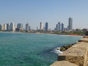 De Skyline van Tel Aviv vanuit Yaffo.