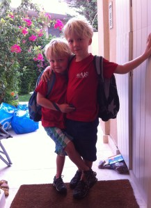 Thomas en Benjamin, terug naar school!